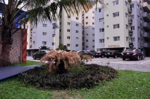 3 bedroom Flat / Apartment for shortlet Admiralty way Lekki Phase 1 Lekki Lagos