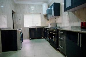 3 bedroom Flat / Apartment for sale ikoyi MacPherson Ikoyi Lagos