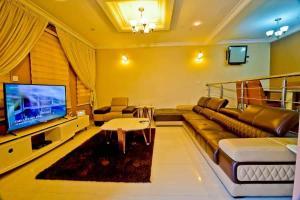 4 bedroom Terraced Duplex House for rent Off Admiralty Way Lekki Phase 1 Lekki Phase 1 Lekki Lagos