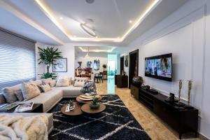 4 bedroom Penthouse Flat / Apartment for shortlet Prime water garden 2  Lekki Phase 2 Lekki Lagos
