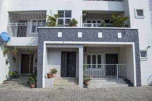2 bedroom Mini flat Flat / Apartment for rent By abc transport Utako Abuja