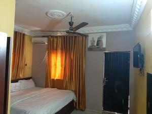 1 bedroom mini flat  House for shortlet Emmanuel Keshi Street. Magodo GRA Phase 2 Kosofe/Ikosi Lagos