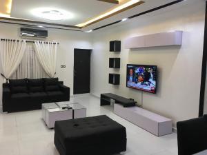 3 bedroom Terraced Duplex House for sale Paradise Estate Lekki Phase 2 Lekki Lagos