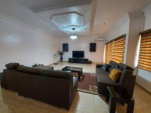 2 bedroom Flat / Apartment for rent Off Akinyemi Avenue, Lekki Right  Lekki Phase 1 Lekki Lagos