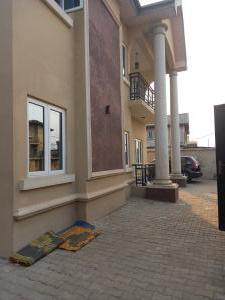 3 bedroom Flat / Apartment for rent Off adams street oworo Gbagada  Oworonshoki Gbagada Lagos