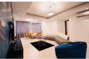 3 bedroom Flat / Apartment for shortlet Close to Mojisola Onikoyi  Old Ikoyi Ikoyi Lagos