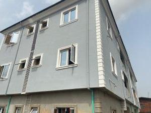 3 bedroom Flat / Apartment for rent Adeleye Bariga Shomolu Lagos