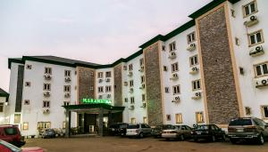 10 bedroom Hotel/Guest House for sale Owerri Imo