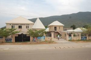 10 bedroom Hotel/Guest House Commercial Property for sale Karshi Double Carriage Bypass Kurudu Abuja