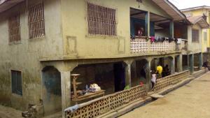 House for sale 16a idito alaro bus-stop eleyele road sango ibadan Sangotedo Oyo