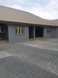 1 bedroom Self Contain for rent Ologuneru Junction Iyana Ekerin Off Eleyele Ologuneru Road. Eleyele Ibadan Oyo