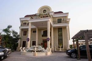 8 bedroom House for sale Off Mike Adenuga Drive Banana Island Ikoyi Lagos