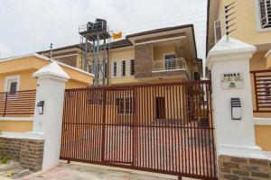 4 bedroom Detached Duplex House for sale White Oak Estate Ologolo Lekki Lagos