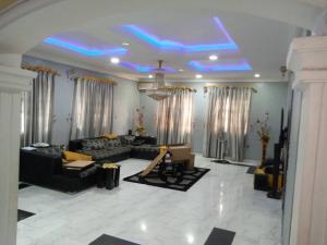5 bedroom Detached Bungalow for sale Cele Rainbow Akala Express Ibadan Oyo