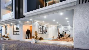 5 bedroom Detached Duplex House for sale Izu Court Chevron Drive chevron Lekki Lagos