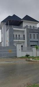 6 bedroom Detached Duplex House for rent Close To Channel Tv Guzape Abuja