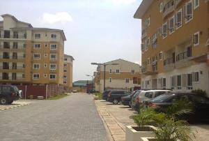 4 bedroom Flat / Apartment for sale Behind Panti Police Station Yaba Lagos