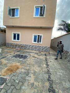 2 bedroom House for rent Mobile Road Ilaje Ajah Lagos