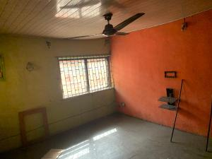 2 bedroom Flat / Apartment for rent - Abule-Oja Yaba Lagos