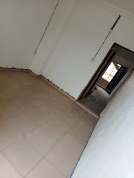 1 bedroom Flat / Apartment for rent   Obanikoro Shomolu Lagos