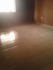 1 bedroom mini flat  Self Contain Flat / Apartment for rent Kehinde street  Orisunbare Alimosho Lagos