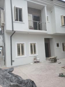 4 bedroom Semi Detached Duplex House for sale White Oaks Estate, Ologolo Lekki Lagos