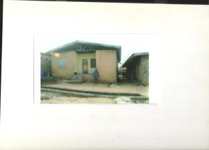3 bedroom Commercial Property for sale   Isawo Ikorodu Lagos