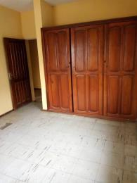 3 bedroom Blocks of Flats House for rent  (Ile epo oba sabo bus stop by laspotech staff stars on ironing road) ikorodu  Ikorodu Lagos