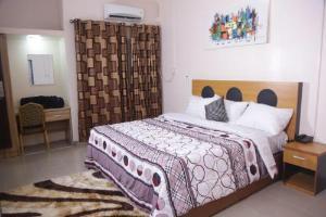 1 bedroom Mini flat for shortlet Henry Street Opebi Ikeja Lagos