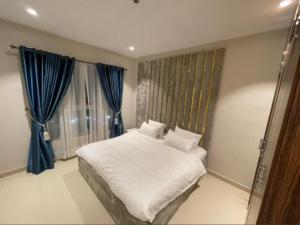 1 bedroom mini flat  Blocks of Flats House for shortlet Oniru Victoria Island ONIRU Victoria Island Lagos