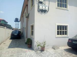 3 bedroom Flat / Apartment for rent Folaagoro, Yaba. Fola Agoro Yaba Lagos