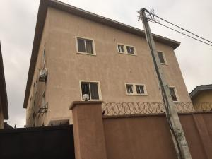 3 bedroom Flat / Apartment for rent Adebiyi  Alagomeji Yaba Lagos