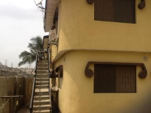 3 bedroom Flat / Apartment for rent Adiyan Lagos