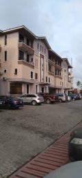 3 bedroom Terraced Duplex for sale Alagomeji Adekunle, Yaba, Lagos. Alagomeji Yaba Lagos