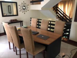 3 bedroom Terraced Duplex House for sale Off palace way  ONIRU Victoria Island Lagos
