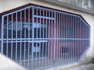 4 bedroom Flat / Apartment for rent igboelerin okooko along the road side. Egan Ikotun/Igando Lagos