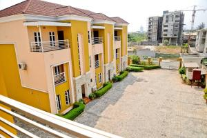 4 bedroom Terraced Duplex House for shortlet Osborne Foreshore Estate Ikoyi Lagos