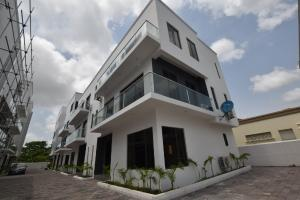 4 bedroom Terraced Duplex House for sale .. Old Ikoyi Ikoyi Lagos
