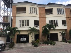 4 bedroom Terraced Duplex House for sale lavender court 1 Yaba Lagos