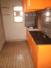 2 bedroom Flat / Apartment for rent off ogunlana Ogunlana Surulere Lagos