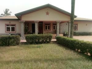 7 bedroom Terraced Bungalow House for sale Funbo street, lgbogila b/stop. Ipaja Ipaja Lagos