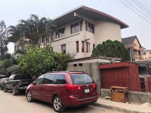 House for sale Off Hughes Avenue, Alagomeji, Yaba. Alagomeji Yaba Lagos