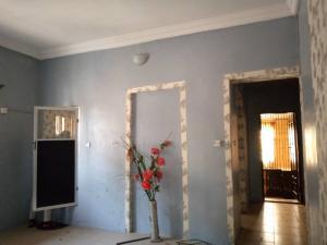 Mini flat Flat / Apartment for rent - Alagomeji Yaba Lagos
