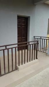 2 bedroom Flat / Apartment for rent Owosheni str off kanrowi  Itire Surulere Lagos