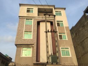 3 bedroom Flat / Apartment for rent Borno Way  Alagomeji Yaba Lagos