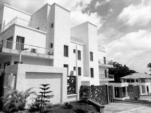 2 bedroom Penthouse Flat / Apartment for sale off Negro Cresent, Maitama, Abuja, Abuja FCT Maitama Abuja