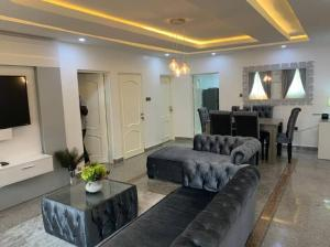 2 bedroom Self Contain Flat / Apartment for shortlet Parkview Estate Ikoyi Lagos