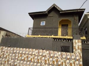 2 bedroom Flat / Apartment for rent close to odo Itire Surulere Lagos