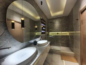 3 bedroom Flat / Apartment for shortlet Off 2nd Avenue Banana Island Ikoyi Lagos