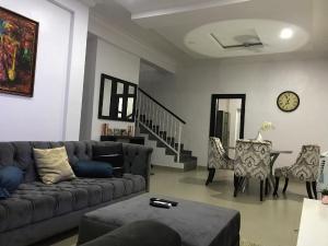3 bedroom Detached Duplex House for shortlet Jakande Lekki Lagos